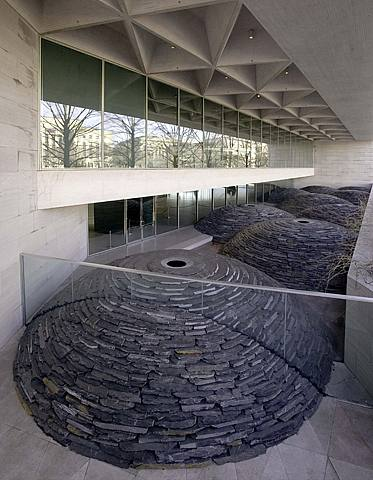 goldsworthy-nationalmuseum-roof