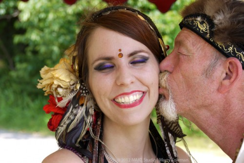 renaissance faire kiss